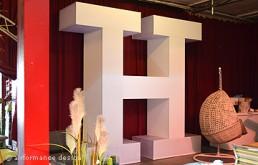 Eventobjekt: Buchstaben-Logo