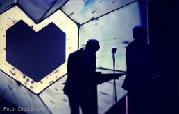 Bühnenobjekt: Herz für Digitalism