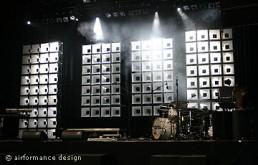 Bühnenbild-Beispiel: Zellsystem auf Tour mit Stanfour